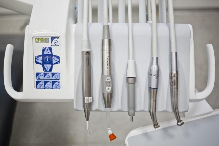 Wyposażenie gabinetu stomatologiczego